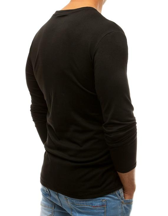 Męski longsleeve, czyli koszulka z długim rękawem na kilka sposobów
